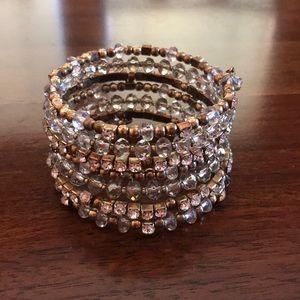 Jewelry - Gold stretchy wrap statement bracelet